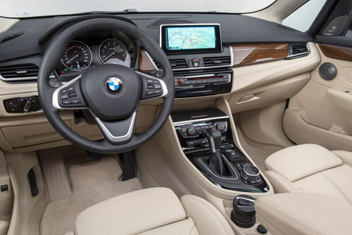 BMW-Avtive-Tourer-100-8712-1392374703.jp