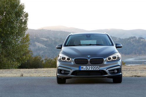 BMW-Avtive-Tourer-8-8063-1392374702.jpg