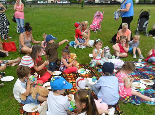 teddy-picnic-002-8798-1400748004.jpg
