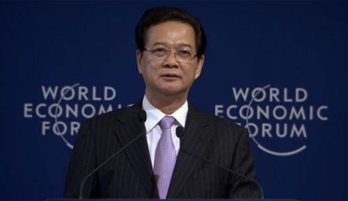 Thủ tướng Nguyễn Tấn Dũng phát biểu tại phiên khai mạc của WEF Đông Á chiều nay. Ảnh chụp màn hình.