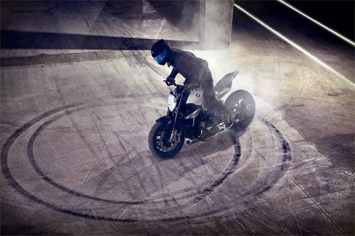BMW-Concept-Roadster-10.jpg