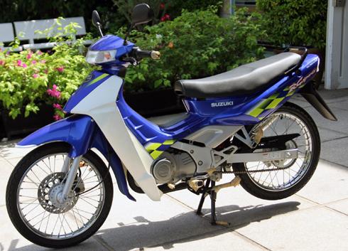 Suzuki-Sport-110-1.jpg