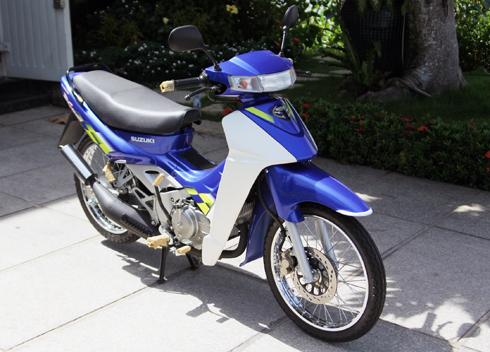 Suzuki-Sport-110-2.jpg