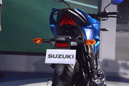 suzuki-gixxer-10.jpg