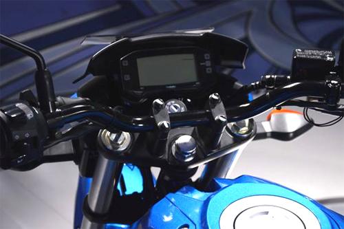 suzuki-gixxer-5.jpg
