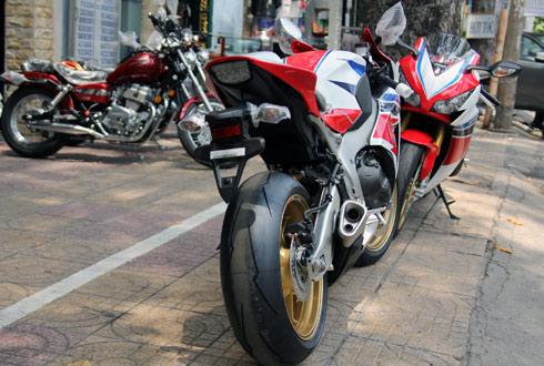 Honda-HRC-5.jpg