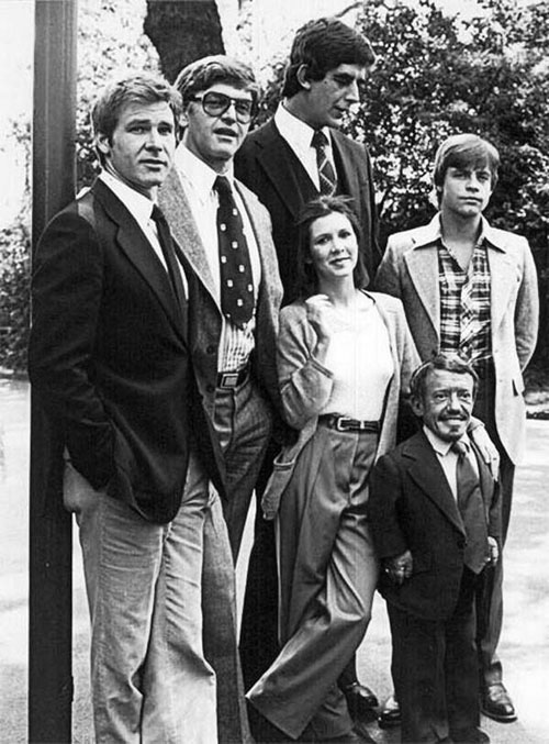 Dàn diễn viên bộ phim Star War huyền thoại năm nào, chụp cùng nhau trước giờ bấm máy