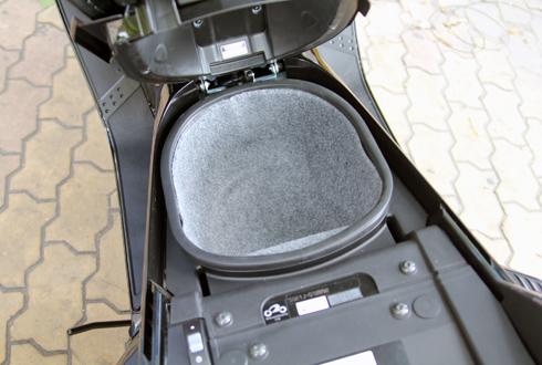 Yamaha-Maxam-16.jpg