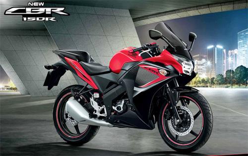 Honda-CBR150R-moi-2-2295-1402397785.jpg