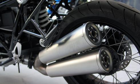 BMW-RnineT-12.jpg