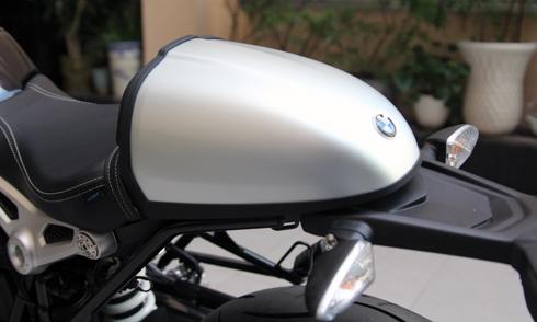 BMW-RnineT-16.jpg