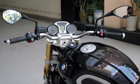 BMW-RnineT-19.jpg