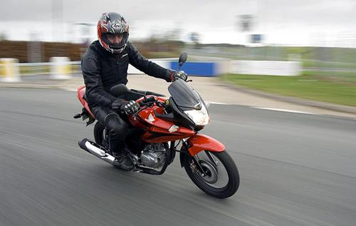 Honda-CBF125-03.jpg