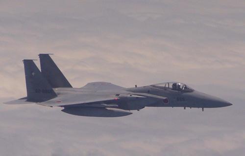 Trung Quốc kêu gọi Nhật chấm dứt áp chế bằng chiến đấu cơ