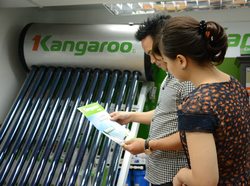 máy nước nóng năng lượng mặt trời công nghệ nano