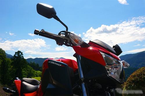 Honda-CB250F-3_1405135798.jpg