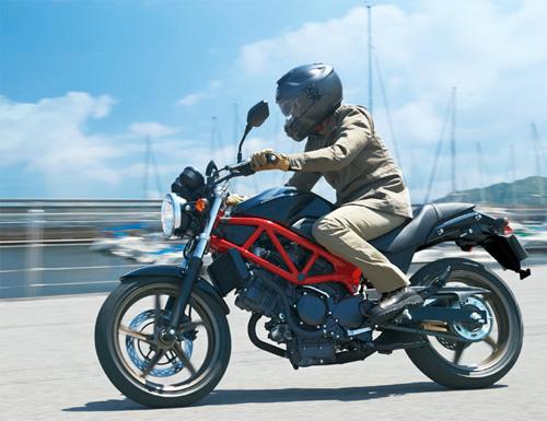 Honda-VTR-1.jpg