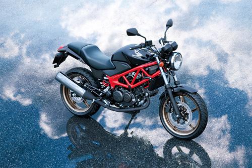 Honda-VTR-2-7770-1405415014.jpg