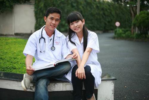 Trường Trung cấp Y tế Pasteur hướng dẫn hồ sơ tuyển sinh nhập học trung cấp y dược