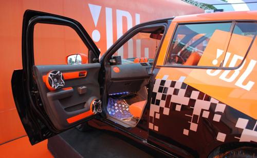 JBL-Audio-2010-Auto-Expo-2907-1406626288