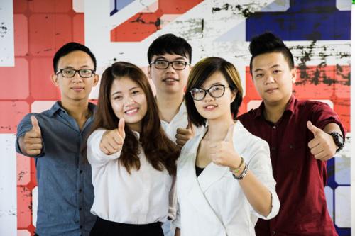 Sinh_vien_British_University_Vietnam.jpg