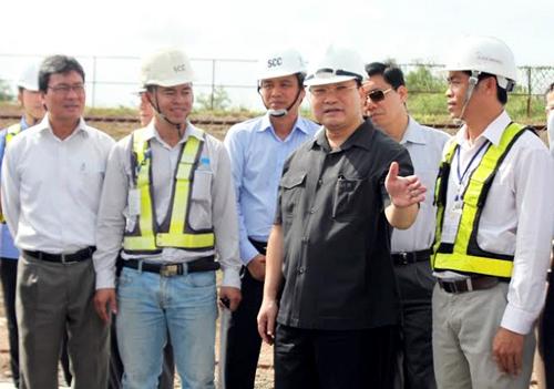 Phó thủ tướng: 'Không để 2 hộ kinh doanh làm ảnh hưởng cả tuyến metro'