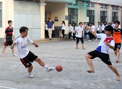 Ngoài học 2 buổi ngày, học sinh tham gia hoạt động thể thao ngay trong trường