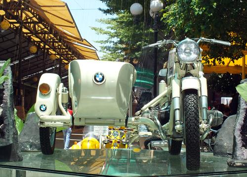 bmw-sidecar-1.jpg