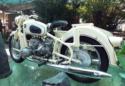 bmw-sidecar-2.jpg