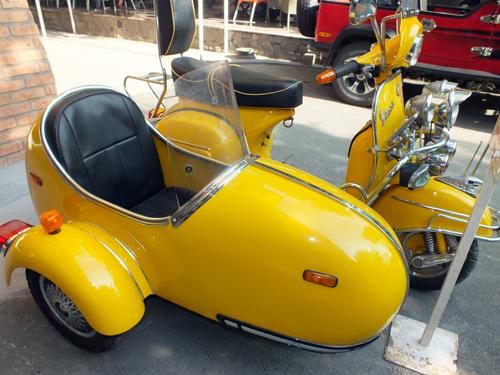 vespa-sidecar-1.jpg