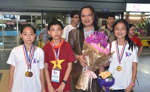 Bài giải thi Toán quốc tế của nữ sinh giành huy chương vàng