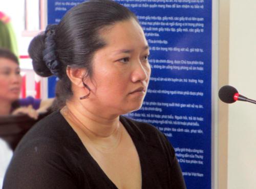 Điều tra lại vụ vợ bí thư xã đốt xác chủ nợ