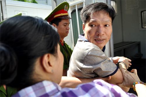 Ngày 28/8, bị cáo Dương Tự Trọng tiếp tục hầu tòa