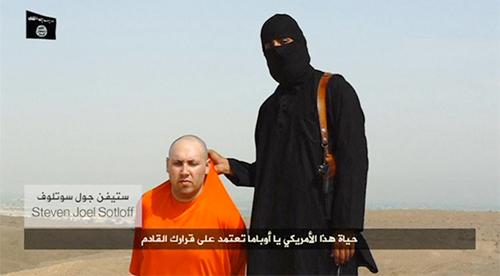 Steven Sotloff bị dọa giết trong video quay cảnh hành quyết James Foley. Ảnh: Reuters
