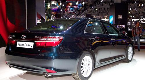 Toyota-Camry-2015-1-7905-1409293411.jpg