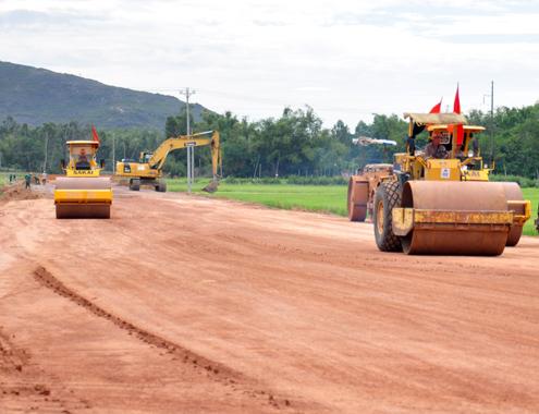 Bình Định lỡ hẹn bàn giao mặt bằng mở rộng quốc lộ 1A