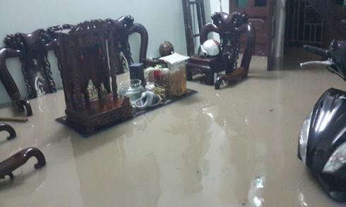 Mưa lớn gây ngập lụt ở Biên Hoà