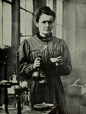 Portrait-of-Marie-Curie-3304-1409907905.