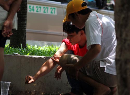 Tràn lan người nghiện 'xin đểu' tại trung tâm TP HCM