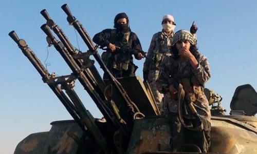 Nhà nước Hồi giáo đánh chiếm 16 ngôi làng một ngày