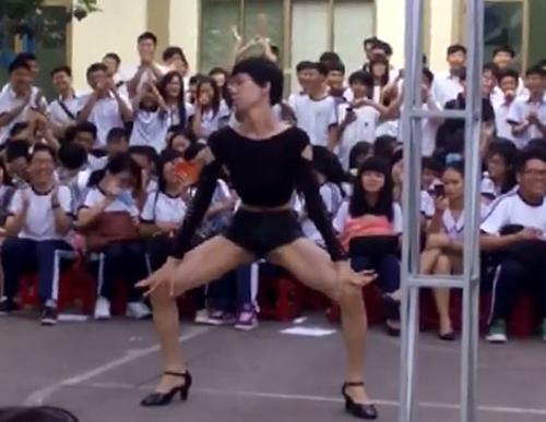 TP HCM chấn chỉnh chương trình lễ hội trong trường học
