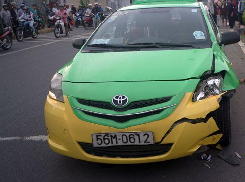 taxi-7637-1412125661.jpg
