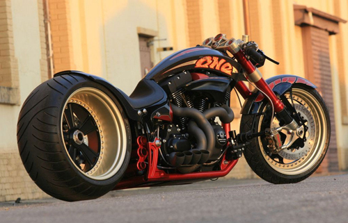 HARLEY-DAVIDSON-V-ROD-The-One-motorcycle