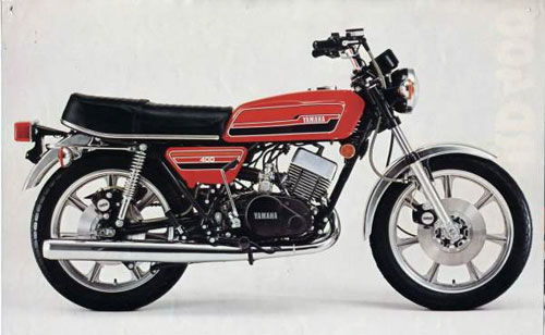 8-Yamaha-RD400C-8054-1412764743.jpg