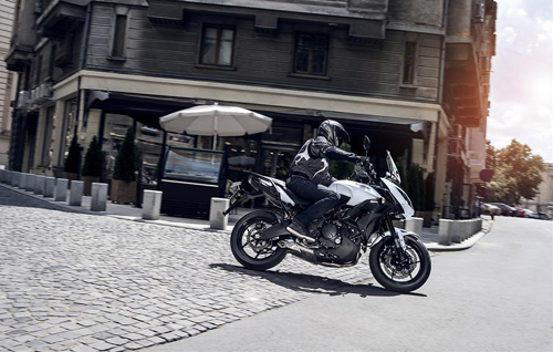 2015-kawasaki-versys-650-shows-up-photo-