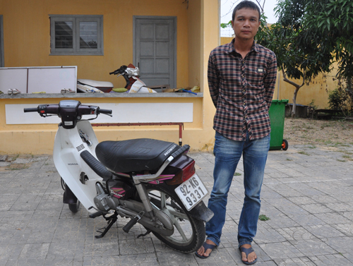 Kẻ chuyên cướp túi người nước ngoài tại phố cổ Hội An bị bắt