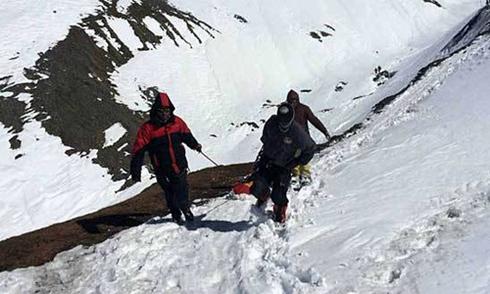 Nepal dừng tìm kiếm nạn nhân bão tuyết