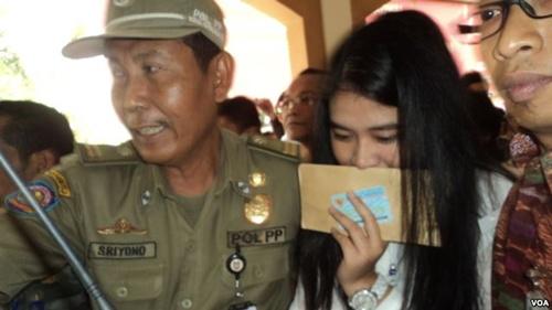 Con tổng thống Indonesia thi công chức không đặc quyền