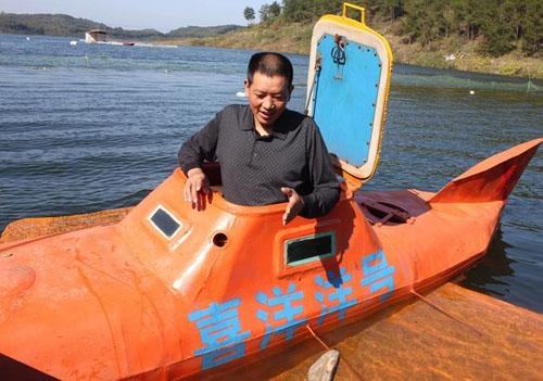 Nông dân chế tạo tàu ngầm trong 5 tháng