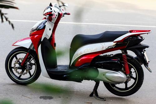 Honda SH300i vẽ airbrush bản đồ Việt Nam